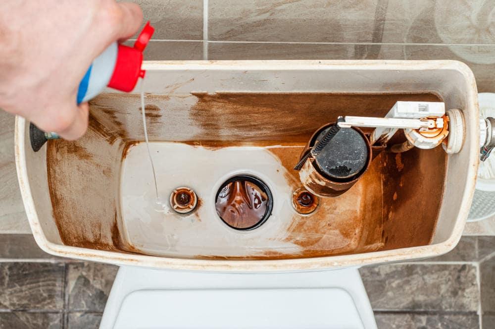 Est-il possible de remplacer une valve de remplissage de toilettes?
